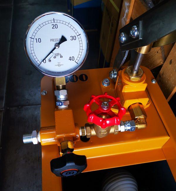 Kyowa T300NDX Hydro Test Pump-4